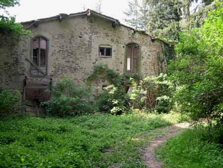 Speciale s brigida e ripaghera trekkingapiedi for Seminterrato di case abbandonate